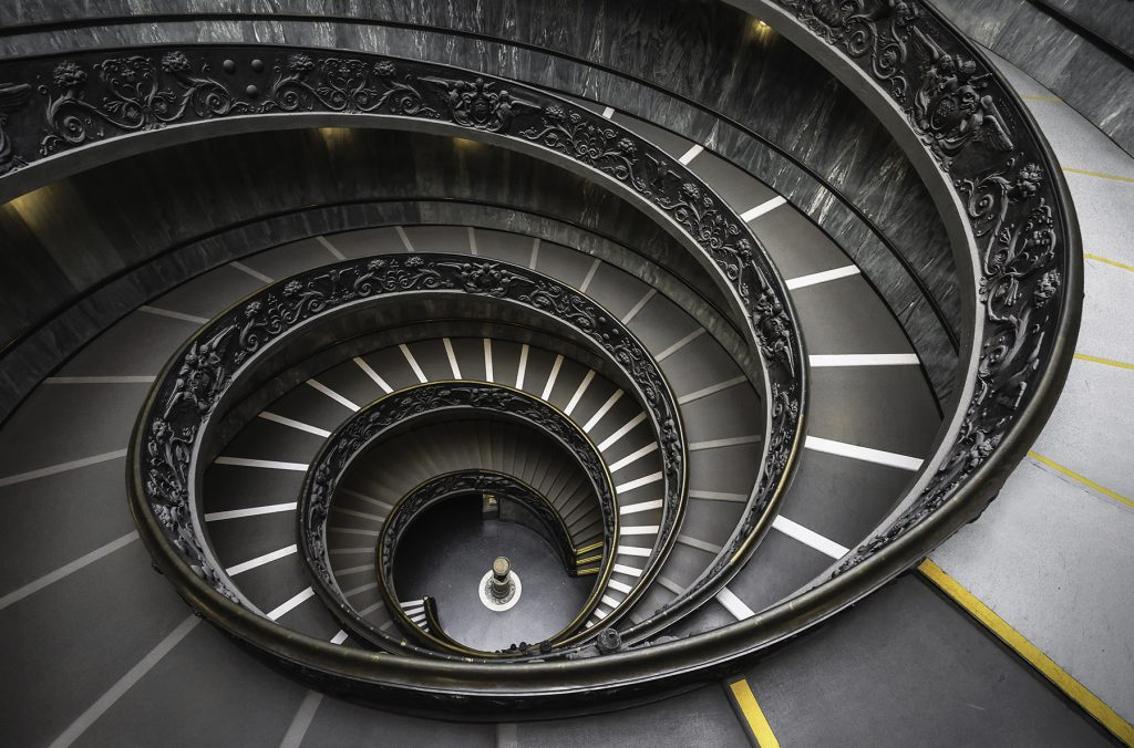 vatican-museum-spiral-staircase-italy_l